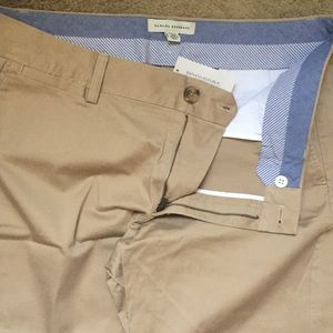 Banana Republic 🆕Stretch Khaki Bermuda Shorts NEW